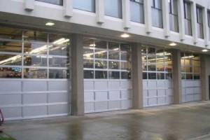 business garage door installation in Lake Oswego